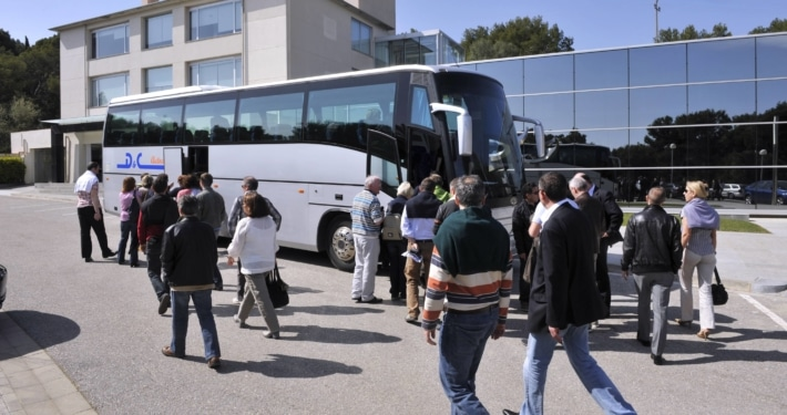 Taxi Bus Express - Traslasdos Aeropuerto Puerto Barcelona Castelldefels